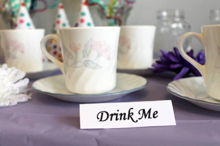 alice in wonderland tea party drink me